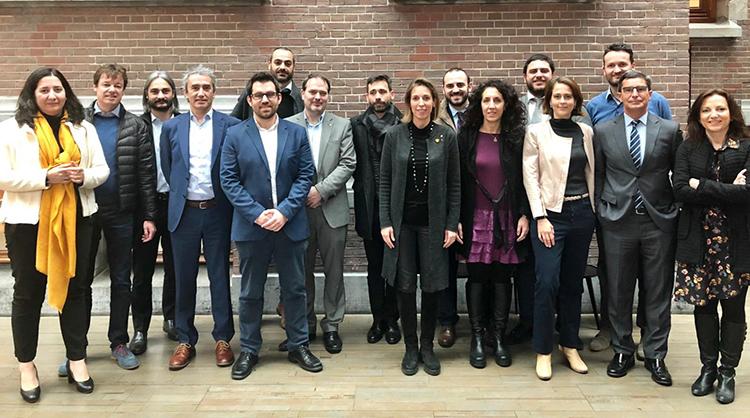 Estratègia empresarial compartida amb Amsterdam