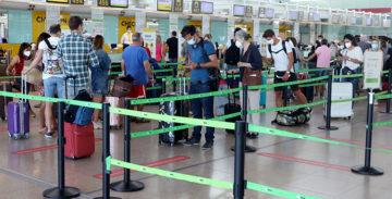 Prova pilot per guardar certificats de la Covid-19 i de vacunació en un vol Barcelona-Zurich