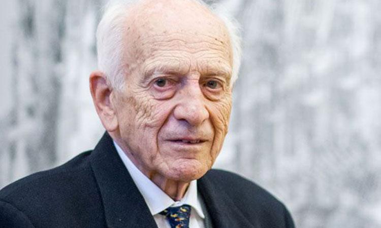 Bonet és nomenat acàdemic d'honor de l'Acadèmia dels Virtuosos del Panteó