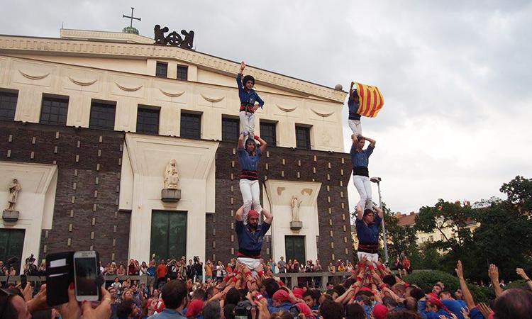 La via catalana marca el tret de sortida a Praga