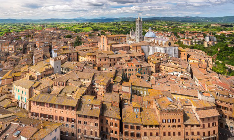 La Universitat de Siena imparteix per primer cop cursos de Llengua i traducció catalanes