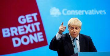 Diputats britànics reclamen suspendre el dret a vot d'Espanya a la UE