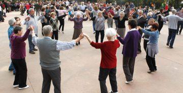 Paraguai promou un curs d'aprenenatge de les danses populars catalanes