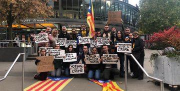 Les comunitats catalanes intensifiquen les seves protestes contra la sentència