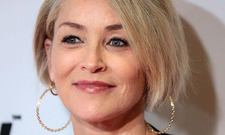 L'actriu Sharon Stone se suma a la iniciativa catalana #JoEmCorono